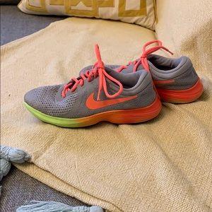 Nike sneaker Size 5.5Y